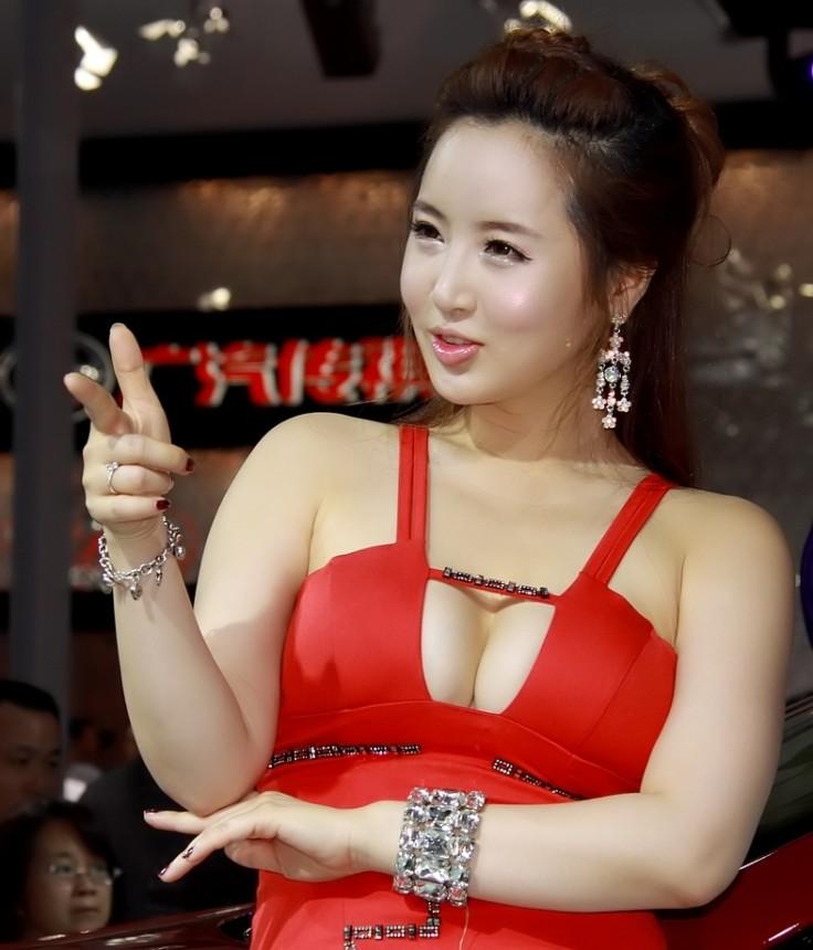 性感迷人:肥美女人的诱惑!