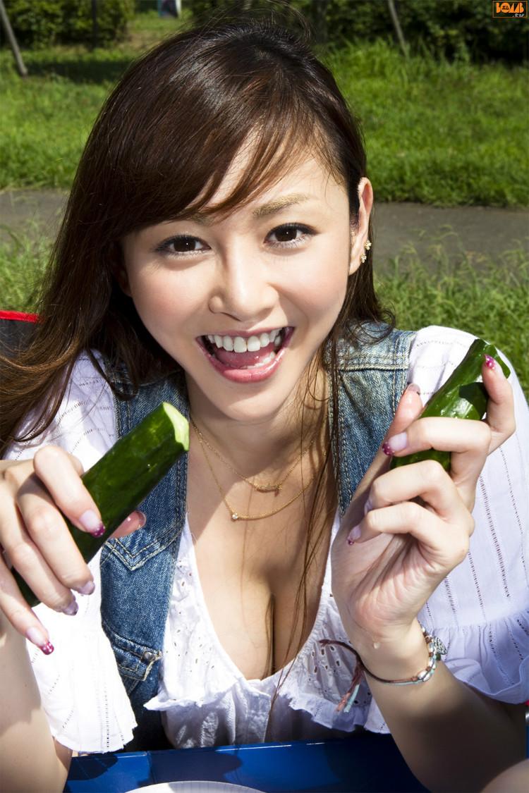 【转载】暴乳女神杉原杏璃欲望诱惑...[图] - denny - denny999的博客