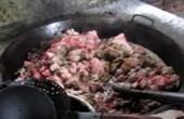 黑作坊疑数年用死猪熬油
