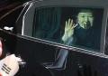 朴槿惠搬离青瓦台回家 眼睛肿胀可能是哭过