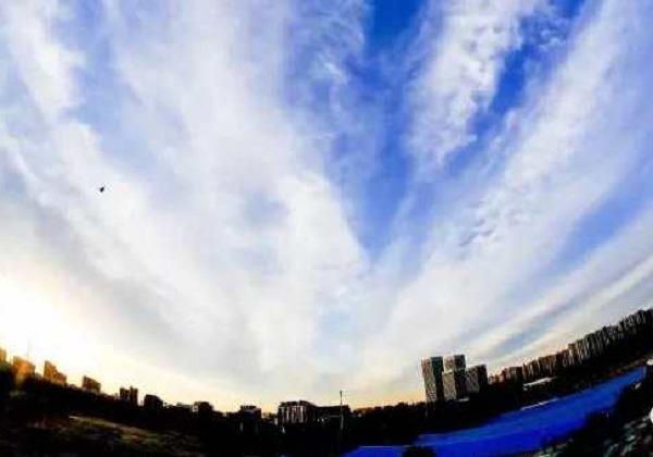 """""""一带一路蓝""""和""""丝路云""""让北京惊艳"""