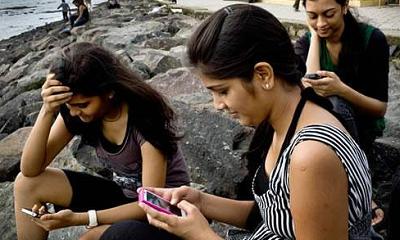"""印度25元""""世界最便宜""""手机制造商涉嫌欺诈 CEO被抓"""