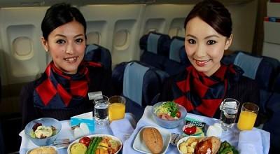 非廉价航空宣布取消免费飞机餐  网友:老坛酸菜面要上天