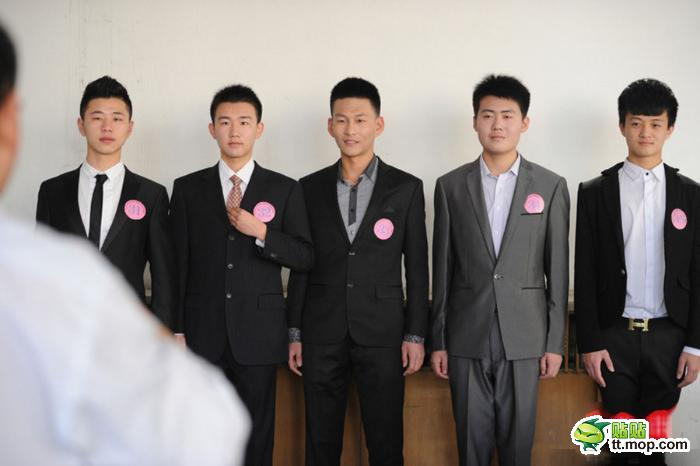 3月9日,中国东方航空江苏公司在南京面向江苏 浙江 山东 江西等省招