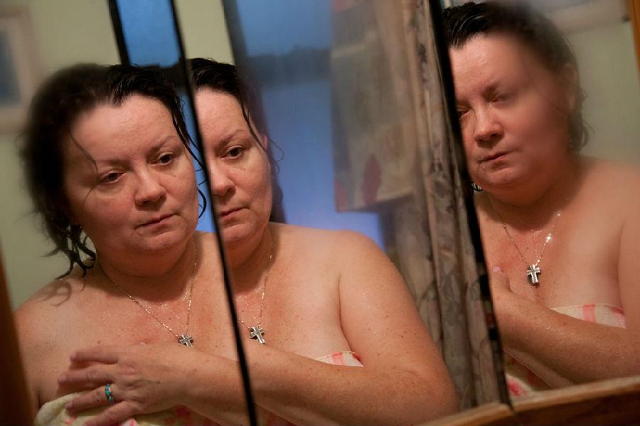 女摄影师照片揭秘婆媳关系