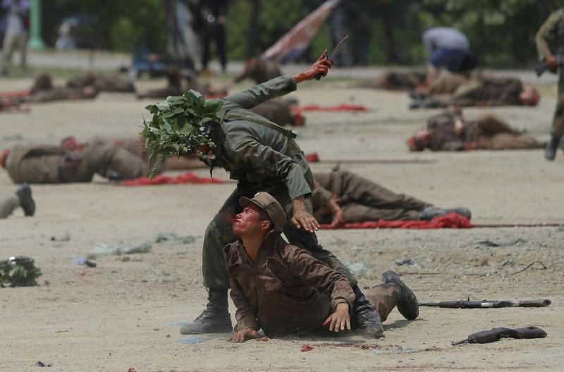 韩国春川再现63年前朝鲜战争血腥场面 高清图