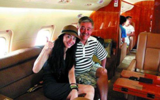 赵本山私人飞机造价高达2亿元