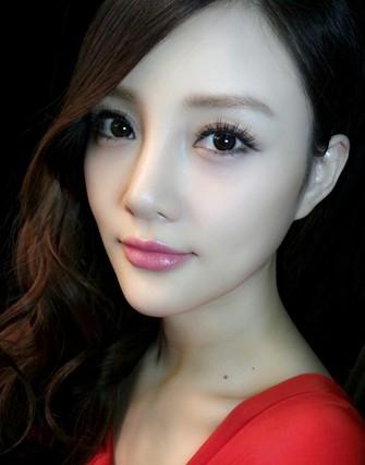 安庆美女代表:李小璐