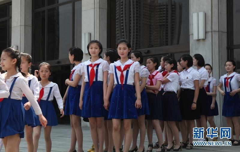 朝鲜的校园女生 高清频道