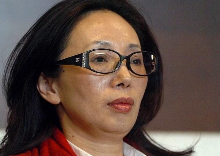 中国职业足坛首位美女老板