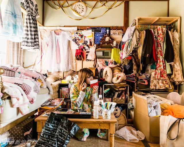 摄影师拍摄日本少女的房间:这还是人住的吗