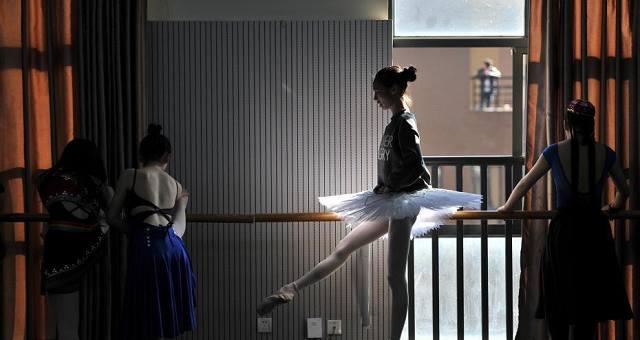 云南艺术学院艺考开考 学子追逐艺术梦