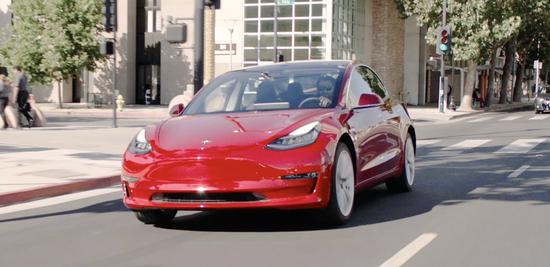 特斯拉Model 3预定超50万辆