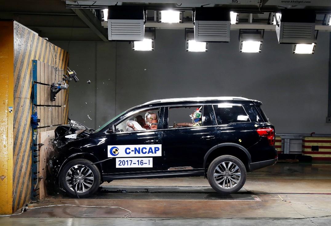 传祺GS8在C-NCAP大中型SUV最高分中获得同级五星安全新标杆
