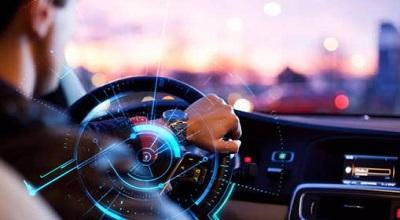 智能驾驶进入发展快车道 9只概念股去年业绩翻番