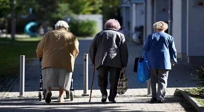 当人口老龄化遇上信息化智能化 数字鸿沟考验治理能力