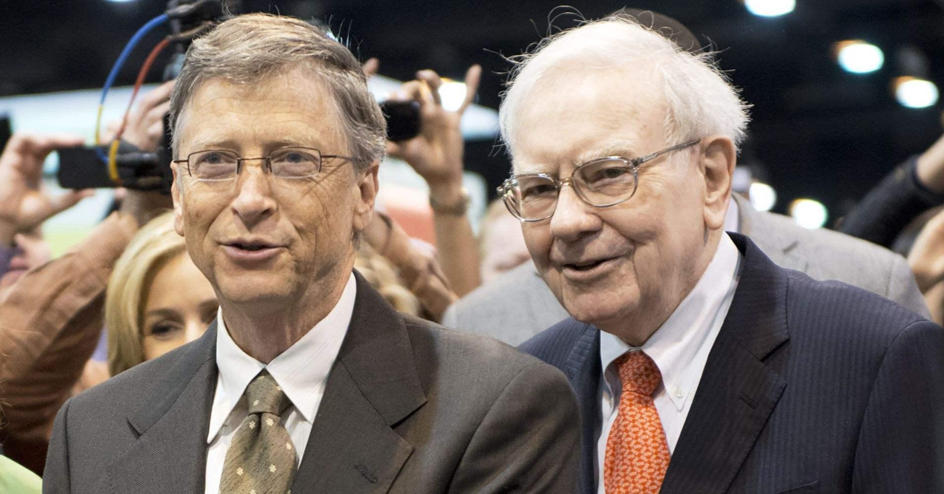 比尔·盖茨最近经常和巴菲特聊天,说一个行业的销售额正在创历史新高