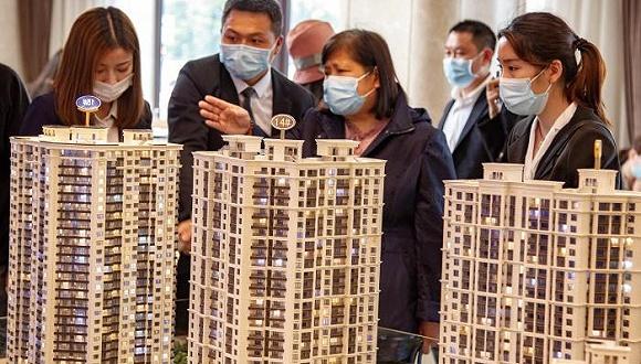 疫情下为什么中美房价都在涨?2020年是购房窗口期吗?